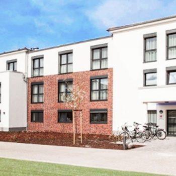 Seniorenimmobilie Südbrookmerland | Wir vermitteln Pflegeapartements | pflegeobjekt.de